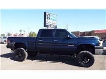 2005 Chevrolet Silverado 2500 HD Crew Cab LT Pickup 4D 6 1/2 ft