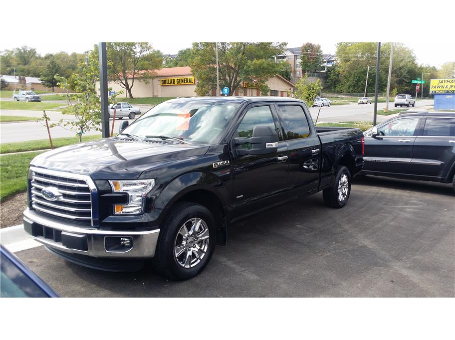 2015 Ford F150 SuperCrew Cab from 6th Street Auto