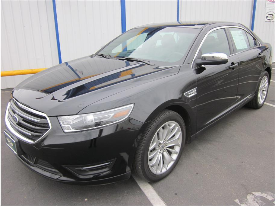 2016 Ford Taurus from A & M Auto