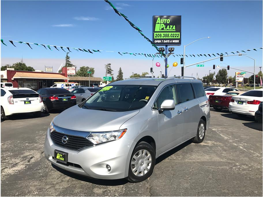 2016 Nissan Quest from Auto Plaza